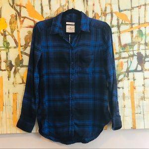 NWT American Eagle Plaid Button Down Shirt